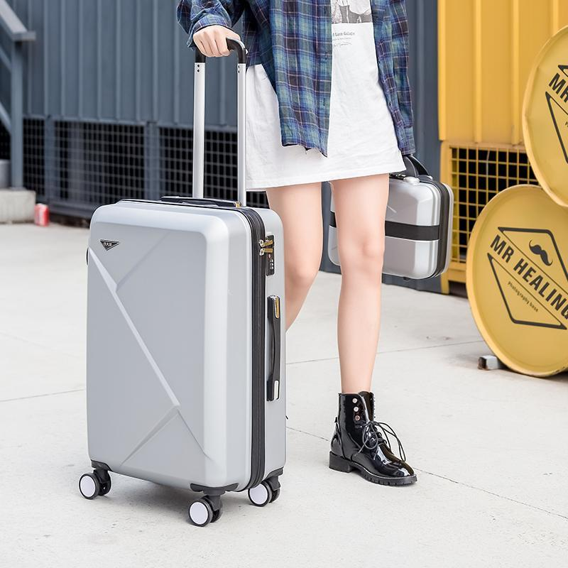Luggage set Fashion Spinner carry on luggage With password suitcases and travel bag Scratch resistant coating wearproof suitcase