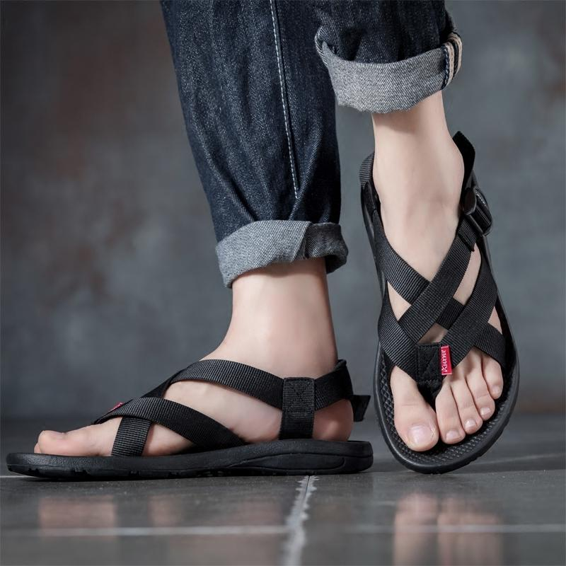 2d50f3e16740 Men Sandals 2018 New Summer Beach Shoes Outdoor Toe Soft Bottom Fashion  Casual Sandals Men Zapatos De Hombre Sandalia Masculina Online with   60.91 Piece on ...