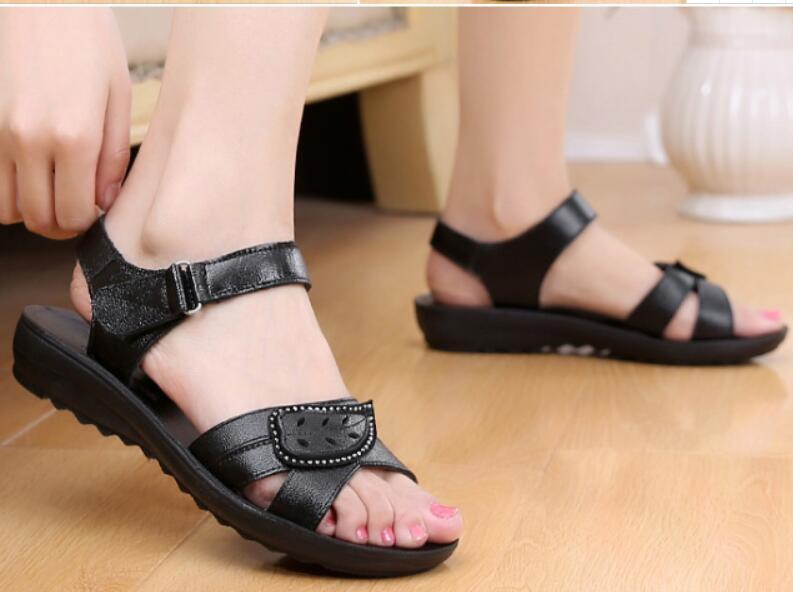 b4e4011fc518 Fashion Womens Low Heel Sandals Leather Strap Women Sandals Non-slip ...