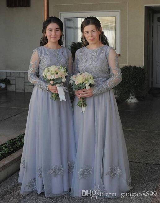 2019 Fashion grey Bridesmaids Dresses Plus size Beach Tulle lace Cheap long sleeves Wedding Guest Party Dress Long Pleated Evening Gowns