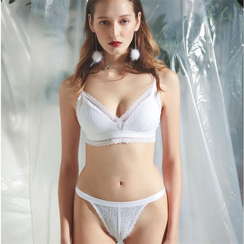 c460bae5a Compre Conjunto De Sutiã Sexy 2019 Rendas Bralette Moda Pura Sutiã Para  Mulheres Strappy Conjunto De Lingerie Underwear Doce Fio Livre Sutiã 3 4  Copo ...