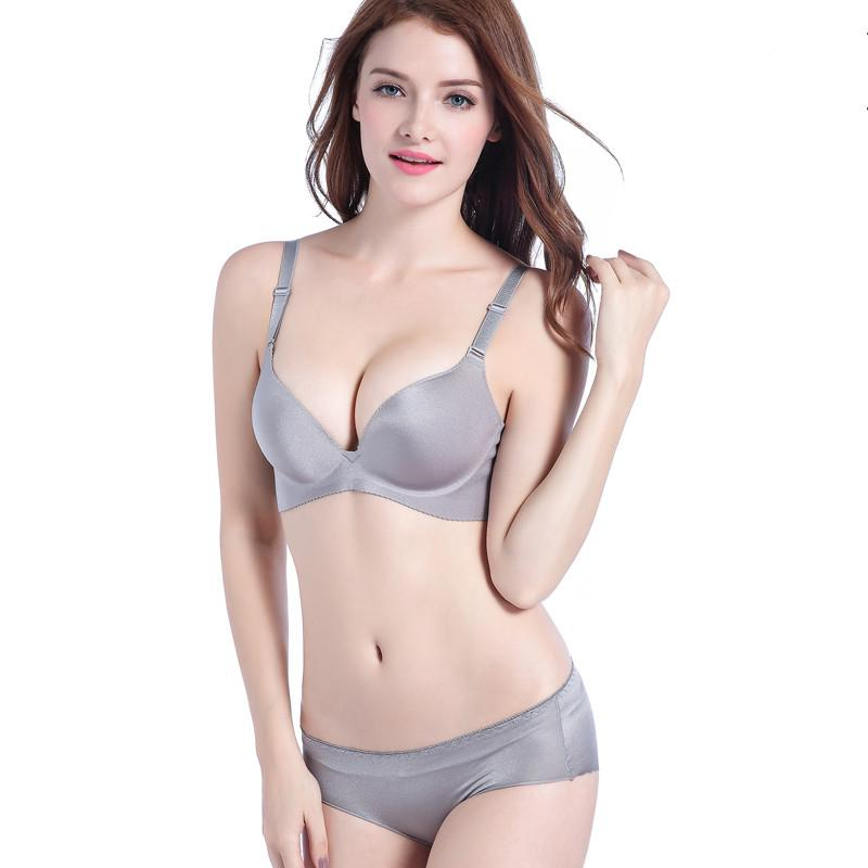 f5e520dcdc 2019 2019 Fashion Wireless Bra Set Push Up Bra Lingerie Sets Soft Underwear  Women Brand Sexy Bra And Panty Sets From Jinggongcoat