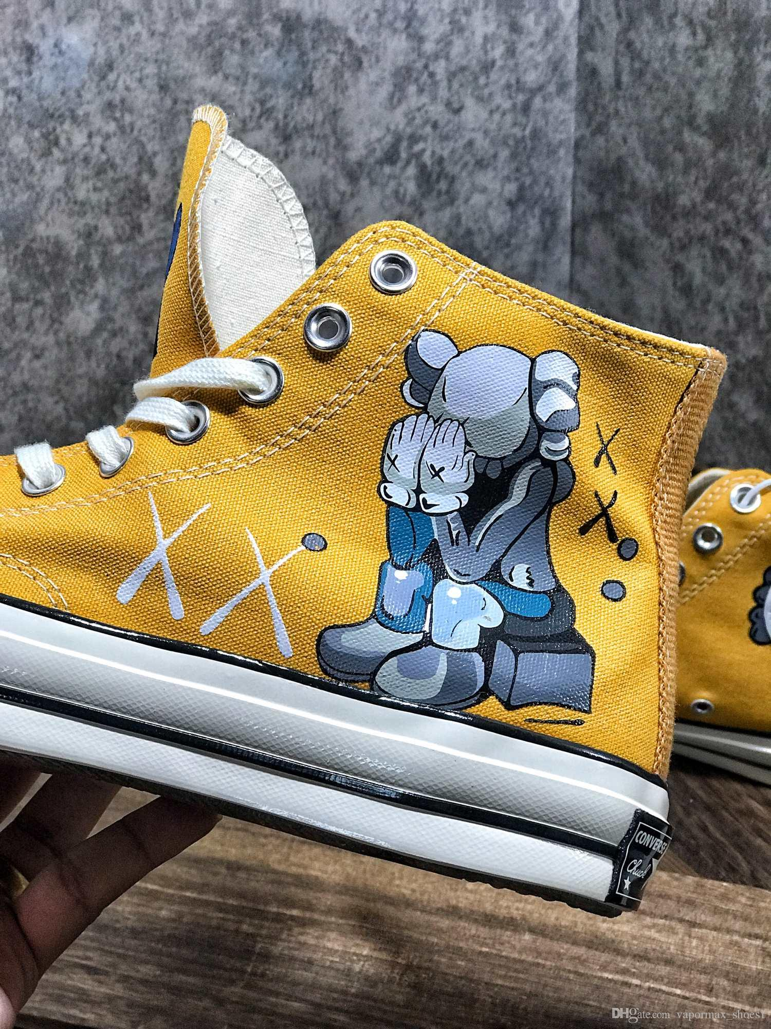 Hot sale 1970 Sesame Street joint name Skateboard KAWS high canvas shoes hand-painted graffiti yellow men and women shoes sports shoes