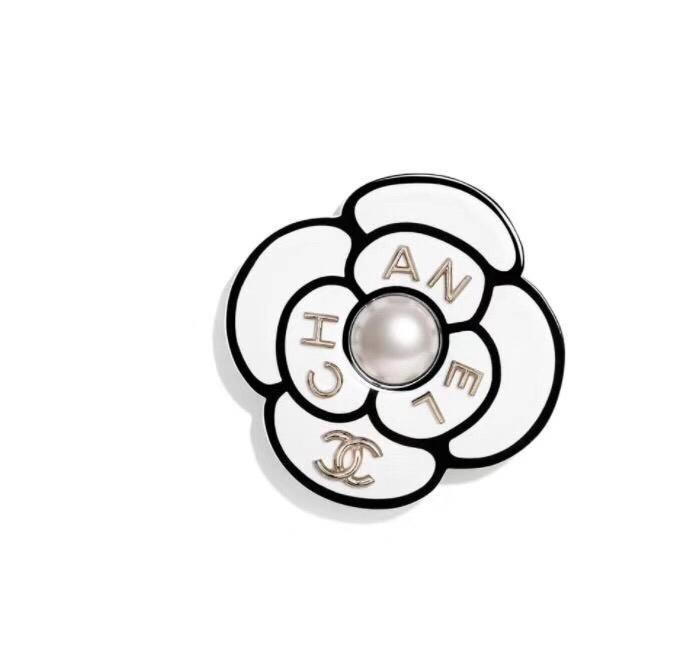 e4c71e6b927 Fashionable Hot Sale Grace Brooch Metal Hollowed Out Rhinestone Brooches  Alloy Pin For Women Jewelry Designer Infant Girl Hair Accessories Wedding  Hair ...