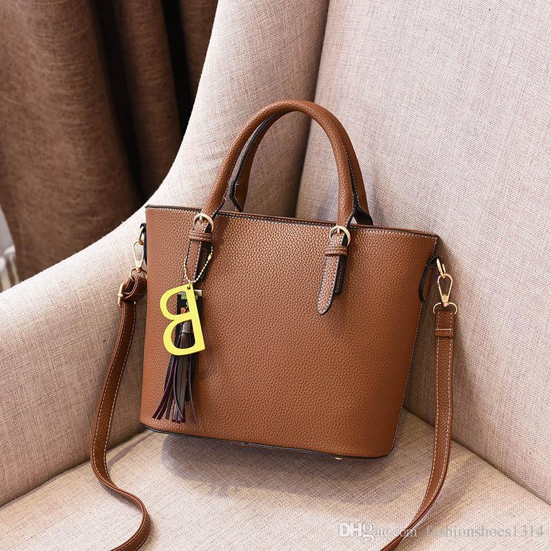 e4d2ec79f72 2019 Summer Fashion Women Leather Bags Handbags PU Shoulder Bag Handbag  Ladies Small Crossbody Bags for Women Messenger Bags Bolsa Femininas