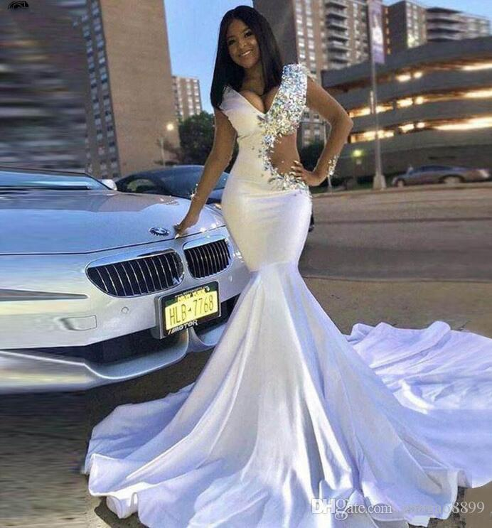 Hot Sell White Prom Dresses african Girls Vintage Mermaid Evening Gowns v neck Beads Crystals Long Sexy Cutaway Sides Vestidos Abendkleider