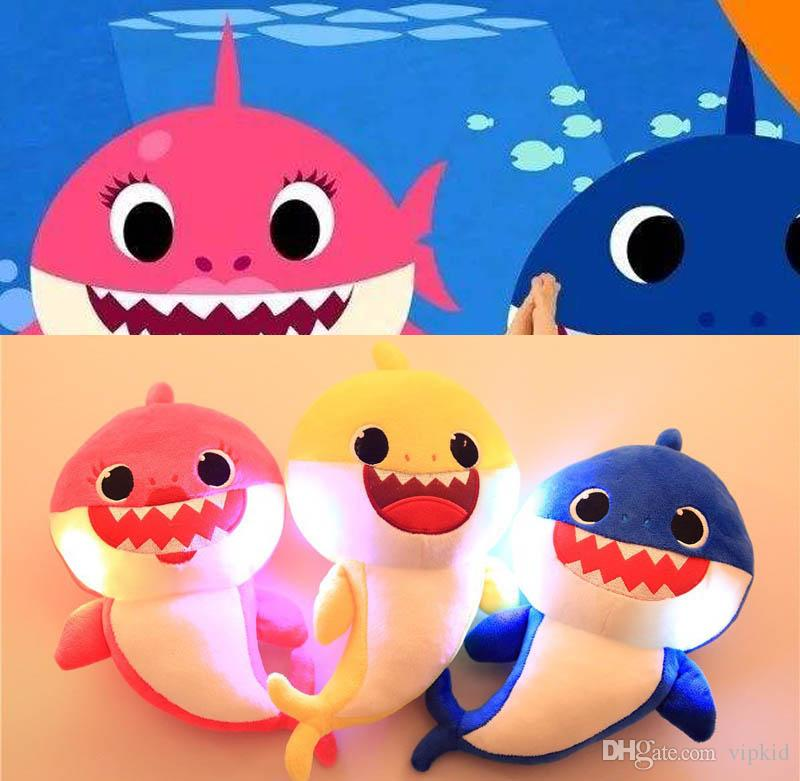 32 cm (12.5inch) LED Music Baby Shark giocattoli peluche Cartoon farcito Lovely Animal Soft Dolls Music Shark Plush Doll Favore di partito 3 colori C21