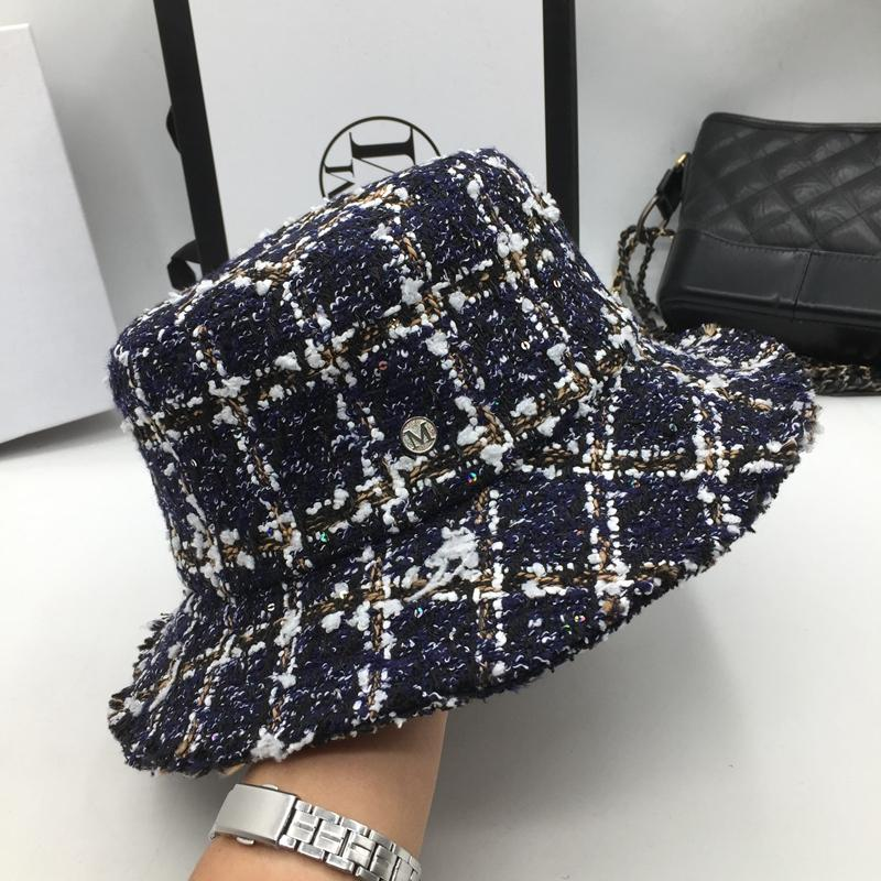 4d442f33472 Hat For Women Fashionable Potpourri Hat With A Tweed Knitted Check  Fisherman With A Fringed Top Bucket Scala Hats Wholesale Hats From  Value222