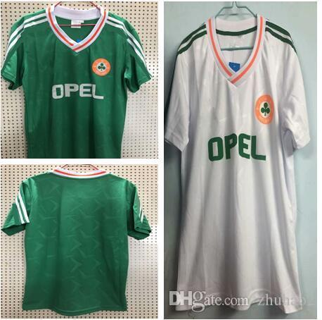 d1c82b3686c4 2019 Ireland Retro Soccer Jersey Home Away Green Football Shirts Camiseta  De FUtbol Ireland Retro Version Jerseys From Zhuhao2
