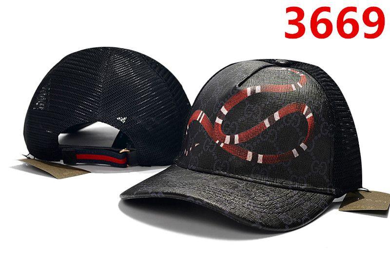a92c9a0b1 Compre 2019 Nuevo Estilo De Moda Gorras Diseñador De Lujo Gorra Para Hombre  Sombreros Casquettes De Béisbol Hueso Snapbacks Gorras Ajustable Sombrero  De ...
