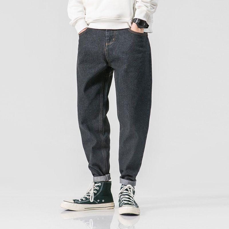 30941c32ab 2019 jeans da uomo, jeans neri da uomo, pantaloni piedi semplici in tinta  unita giapponesi.