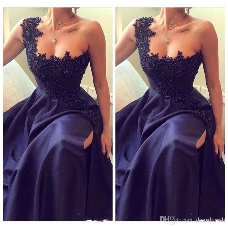 2019 One Shoulder Long Prom Dresses Lace Appliques Beaded Side Split Evening Gowns Special Occasion Dress For Ladies Vestidos De Soiree
