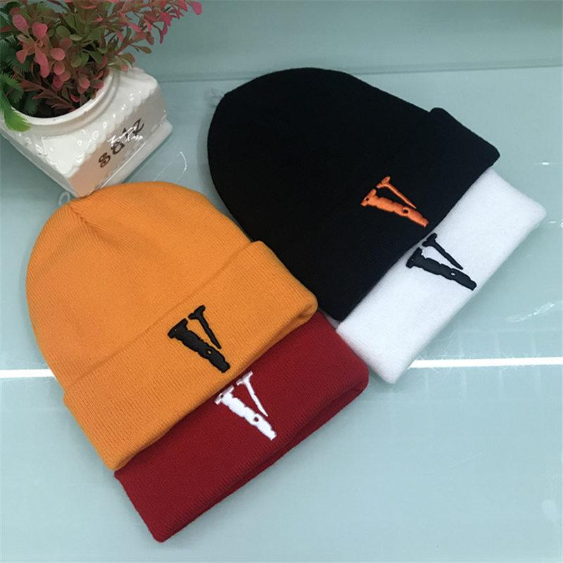 45a0a5c7ec5 Men Women Luxury Casual Hats Brands Embroidery Beanies Unisex Winter Knit  Cap Hot Fashion Design Caps Hip Hop Hat Gorros Touca De Inverno Black Baseball  Cap ...
