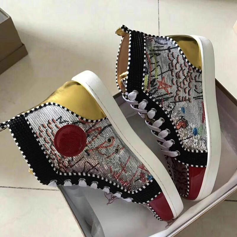 2019 Fashion Designer Brand Studded Spikes Flats shoes mens sandals Red Bottom Shoes For Men and Women Party Lovers Genuine Leather Sneakers