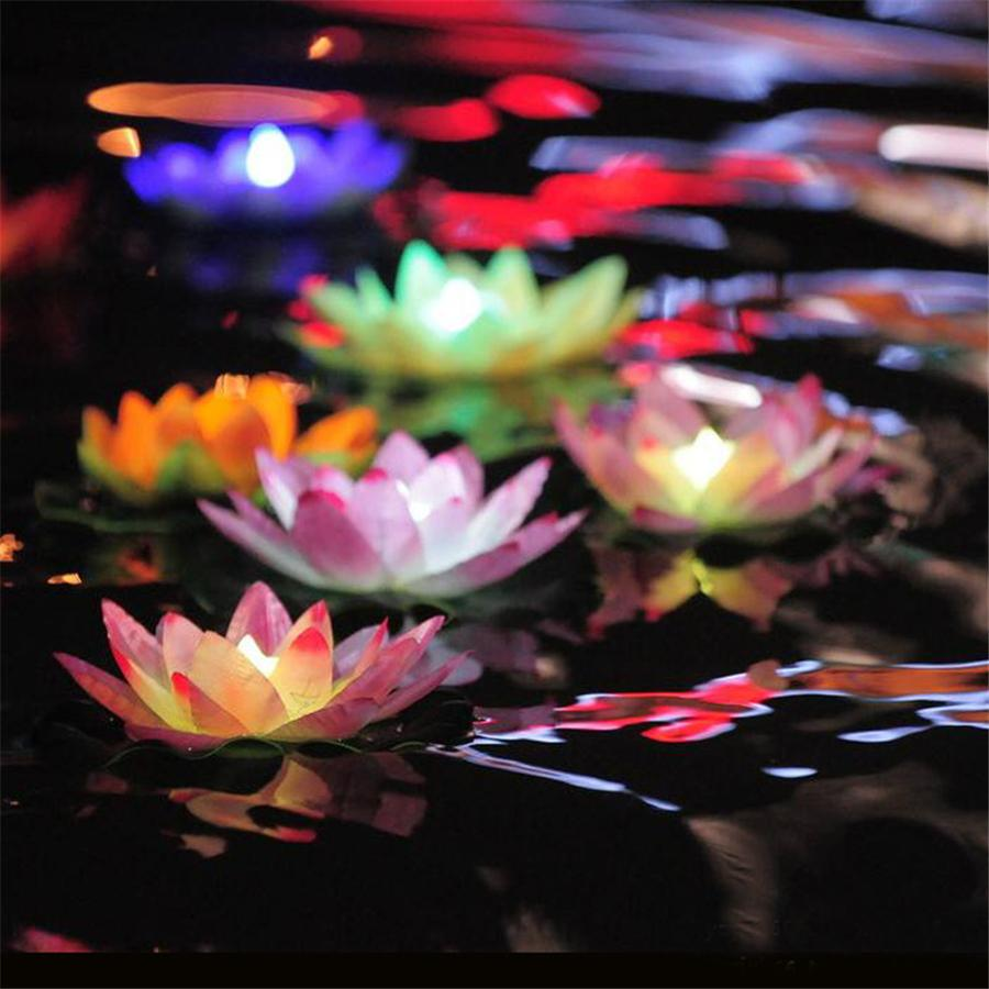 Diametro 18 cm LED Lotus Lamp in Colorful Cambiato galleggiante Piscina di acqua Wishing Light Lamps Lanterne per la decorazione del partito
