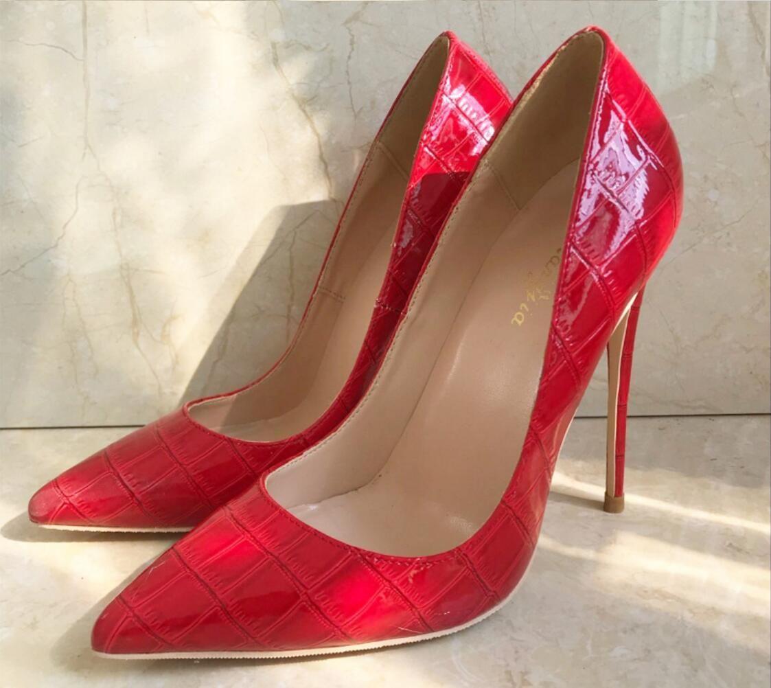High heel flash   Erotic gallery)