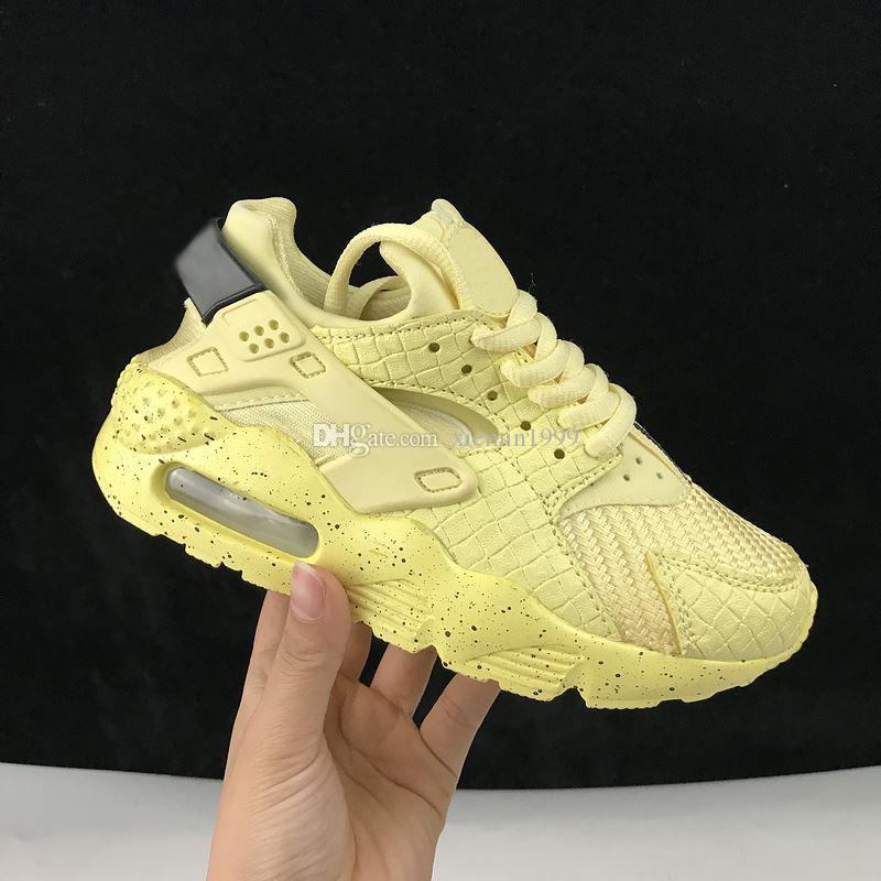 sneakers for cheap 29ea1 01ebd Großhandel 2018 Nike Air Huarache 1 3 4 Air Huarache Laufschuhe Big Kids  Jungen Und Mädchen Schwarz Weiß Hohe Qualität Turnschuhe Huaraches Jogging  ...