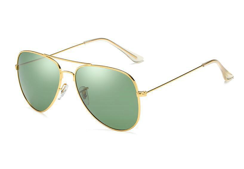 27a654f333 Compre Hombre Mujer Gafas De Sol Polarizadas Verano Playa Vacaciones Viajes  Moda Gafas De Sol Marco De Metal Lente De Resina Verde Opcional Envío  Gratis A ...
