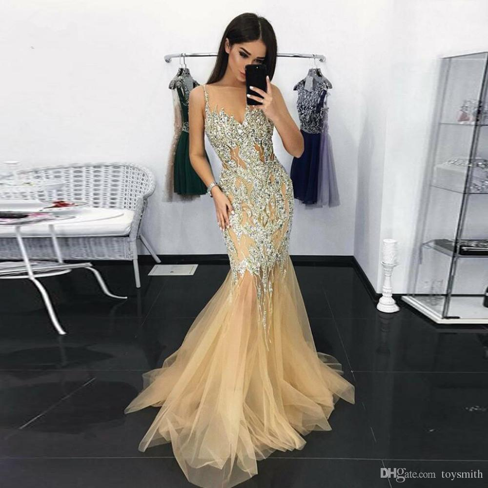 Dubai Luxury Gold Crystal Mermaid Evening Dresses 2019 Sparkle Sexy Long Prom Gowns V-neck Beaded Illusion Dress Robe De Soiree