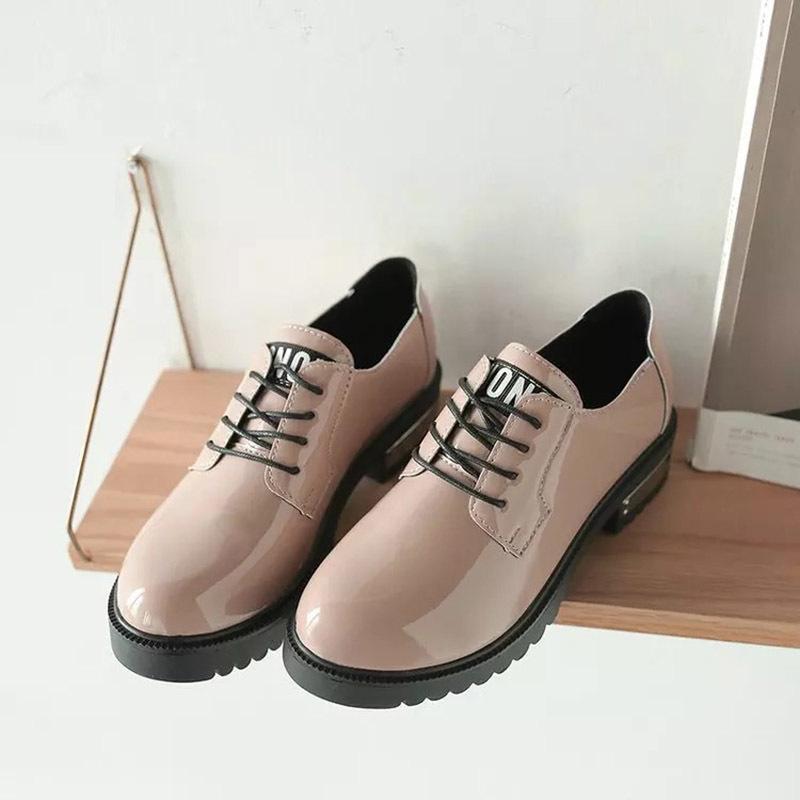 Damenpumps Vintage Frauen Runde Kappe Schuhe Leder Booties Slip-auf Platz Ferse Einzelnen Schuhe Hell In Farbe Frauen Schuhe