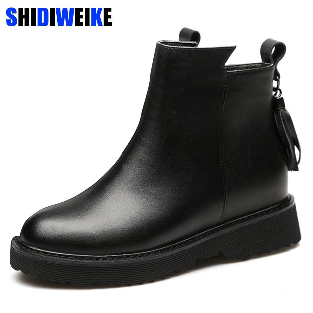 f60d7d85 Compre 2018 Nueva Moda Suave De Las Mujeres Botas De Tobillo Primavera  Otoño Vintage Fringe Zapatos De Mujer Al Aire Libre Bota De Lluvia Señoras  Tacones ...