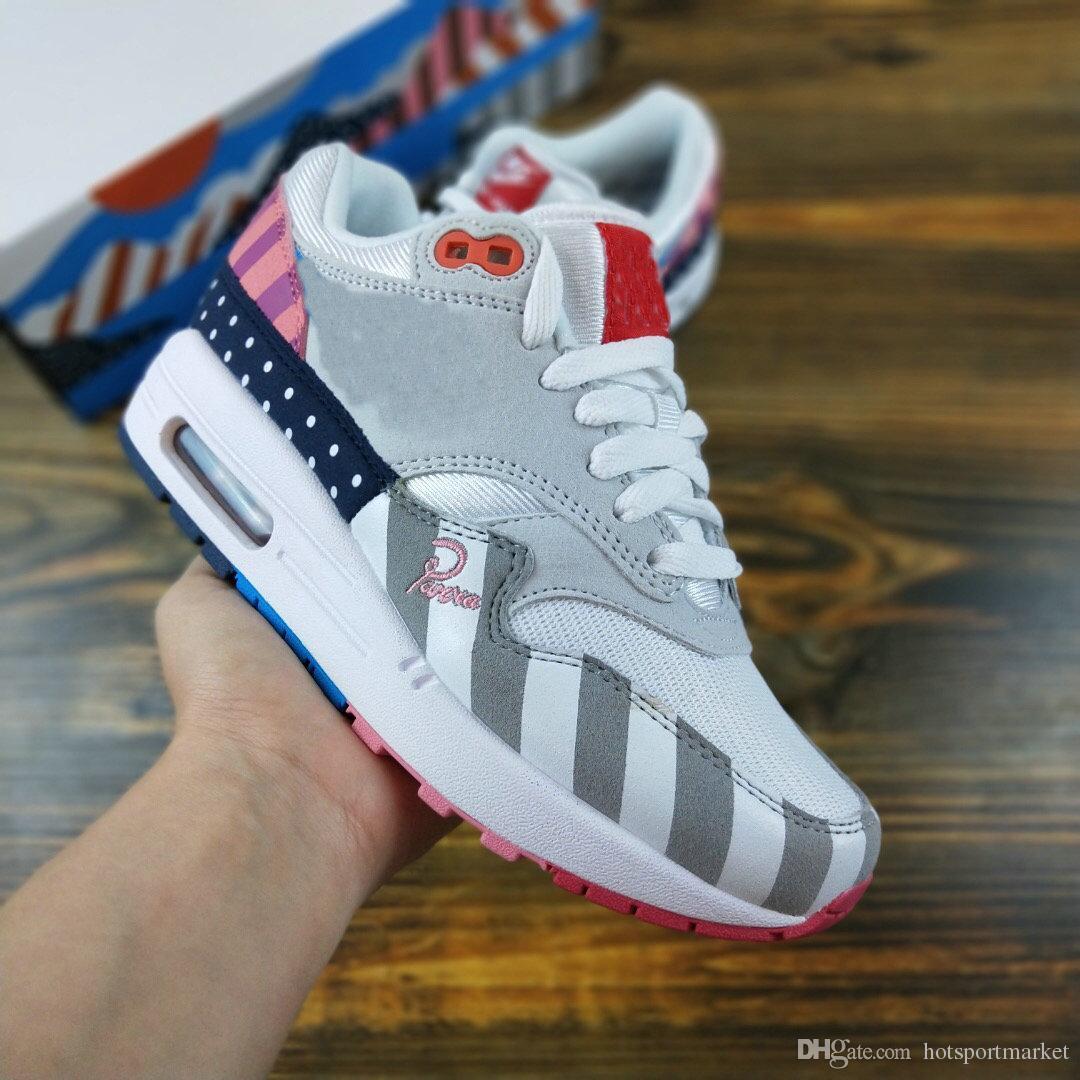 wholesale dealer e4219 21c64 Acheter Nike Air Max Airmax Piet Parra X 1 87 CHAUD Chaussures De Marque De  Haute Qualité Parra X 1 Daim Gris Blanc Rose Chaussures De Course Hommes 97  ...
