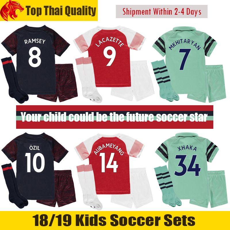 d88da1b13 Compre 18 19 Arsenal Niños Kit 2018 2019 XHAKA Arsenal AUBAMEYANG Niños  Uniformes De Fútbol MKHITARYAN Arsenal LACAZETTE Niños Juegos De Fútbol  OZIL RAMSEY ...