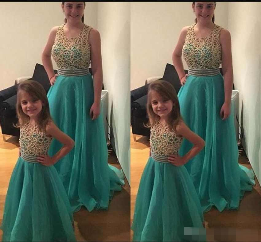 Fashion Mother And Daughter Prom Dresses Scoop Neck Sleeveless Beaded Top Tulle Sweep Train Evening Gowns Custom Made