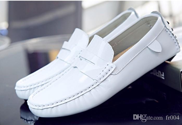 Chaussures pour hommes Chaussures en cuir verni Mocassins faits main Designer italien en métal avec boucle à glisser dans le bateau 38-48