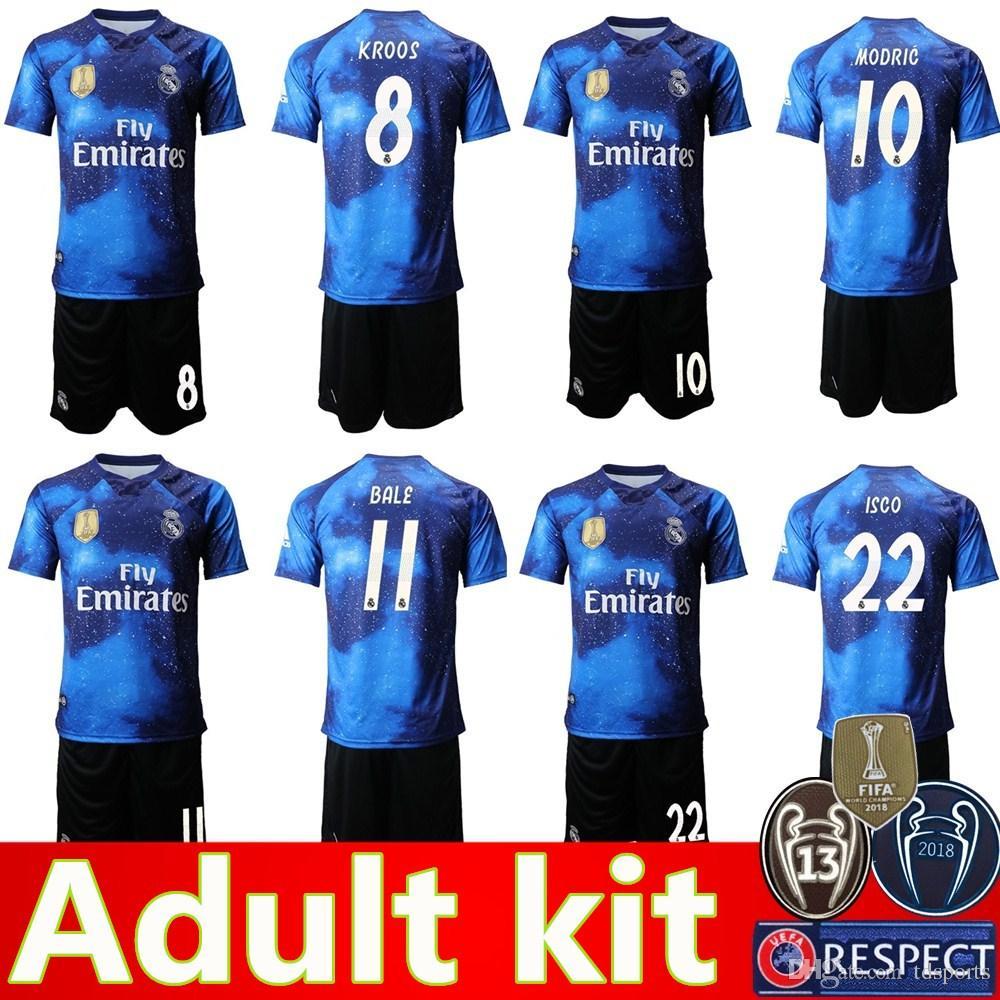2019 Edición Limitada Del Real Madrid Kit Camisetas De Fútbol 19 20 Camiseta  De Fútbol BALE Uniformes De Fútbol ASENSIO ISCO Versión Especial Camiseta De  ... 8350205b83fdb