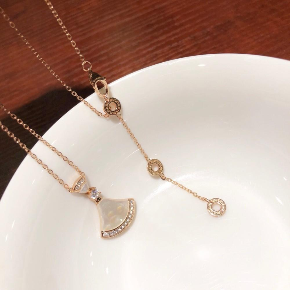 4d64b2c5f Wholesale Natural White Fritillary Skirt Necklace Imported 925 Sterling  Silver Plated 18k Gold Encrusted Fan Shaped White Shell Silver Jewellery  Online ...
