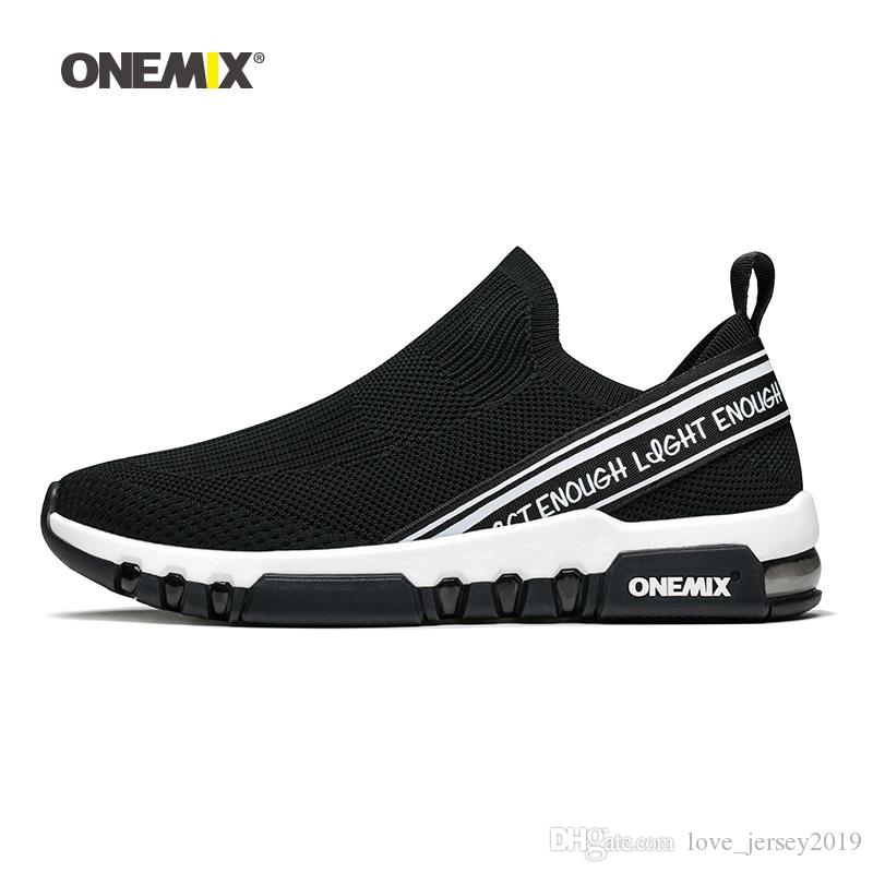 Acquista ONEMIX 2018 Scarpe Sportive Da Uomo Running Sneakers In Mesh  Traspirante Outdoor Da Jogging Calzino Scarpe Soft Cushion Sneakers  Camminare   168863 ... 3cf5c07092f