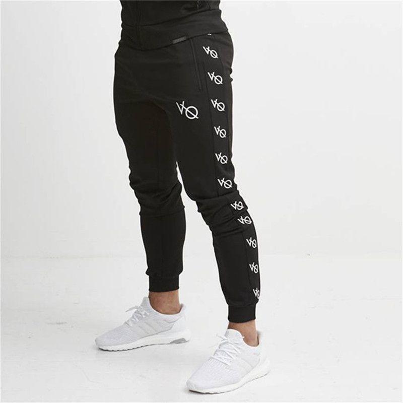 a670e8e59b20e9 Acquista 2019 Fitness Uomo Abbigliamento Sportivo Pantaloni Tuta Pantaloni  Skinny Skin Lettera Pantaloni Neri Track Jogging Pantaloni Casual A $40.93  Dal ...