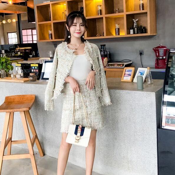 8aba138c87 2019 Winter Runway Tweed Jacket+Pencil Skirt Suit Women Short Jacket Coat  Pearls Woolen Fringed Pocket Tassel 2 Pcs Set DF501