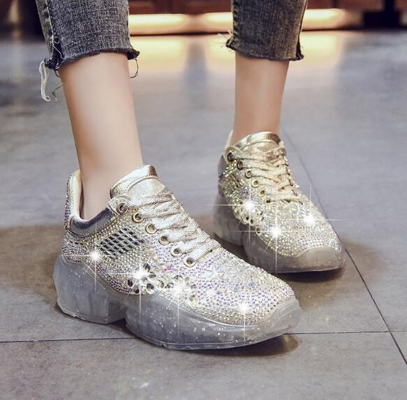2019 spring and summer ladies news hot sale rhinestones old shoes Korean version of the wild fashion crystal shoe transparent bottom female