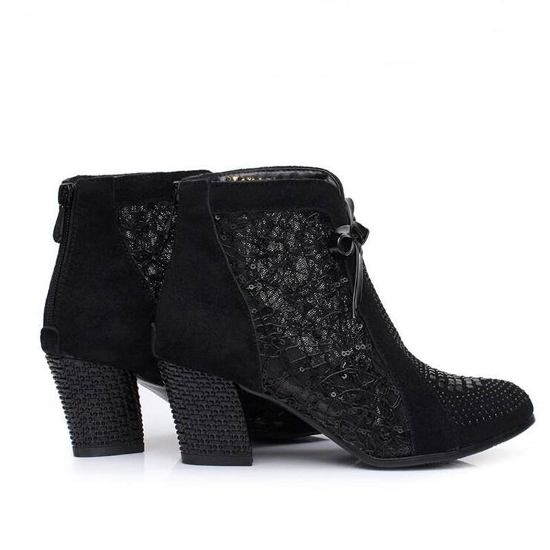 Beliebteste 2018 Frühjahr Neue Schwarze Kuh Leder Frauen Stiefel Mode Strass Stiefeletten Komfortable rutschfeste Frauen Schuhe