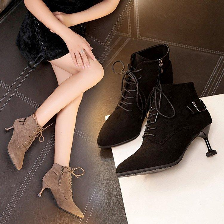 6876fee6 Compre Botas De Otoño Sin Tacones Zapatos De Mujer Martins Chaussure Femme  Marca De Lujo 2018 Botines De Diseño Nueva Llegada 2019 A $42.72 Del  Liucpik ...