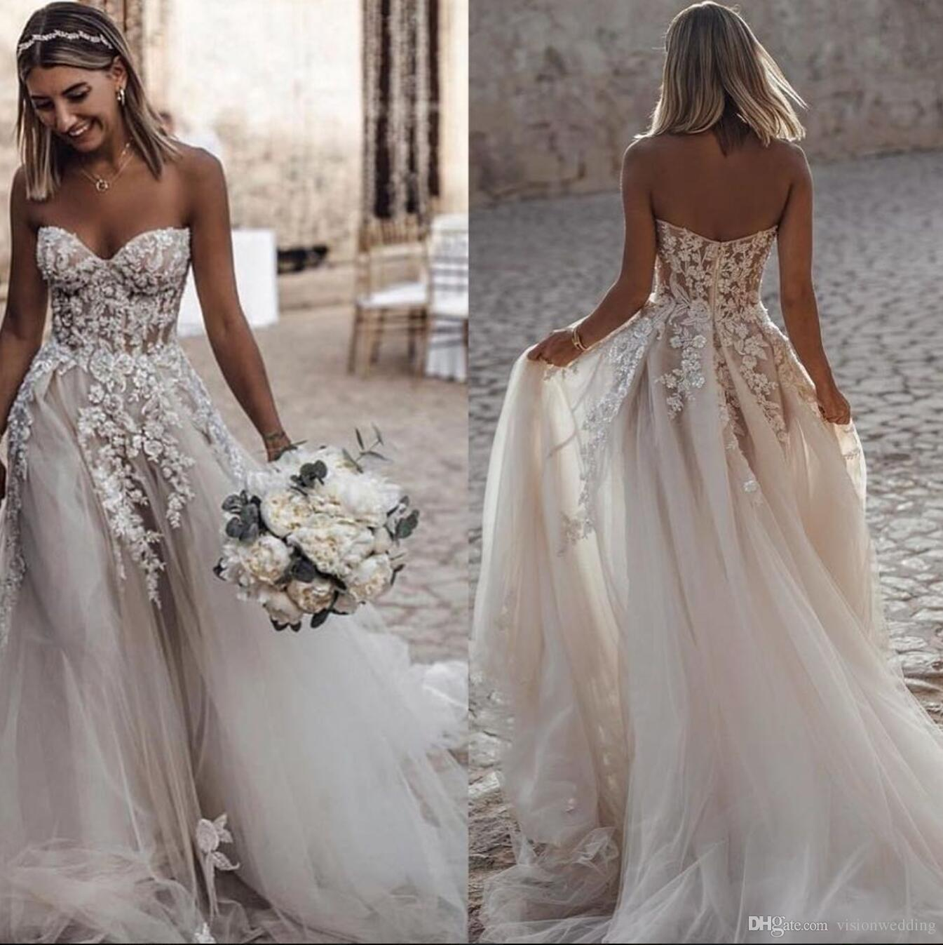 Discount Beach Wedding Dresses A Line Tulle 3D Applique