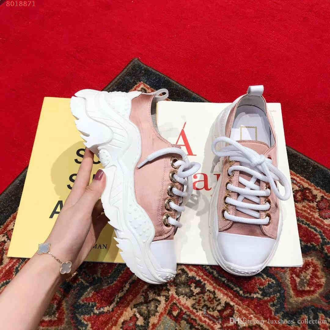 2019 new fashion women flat casual shoes Super light rubber sole fashion and contracted Rubber foam base full of personality