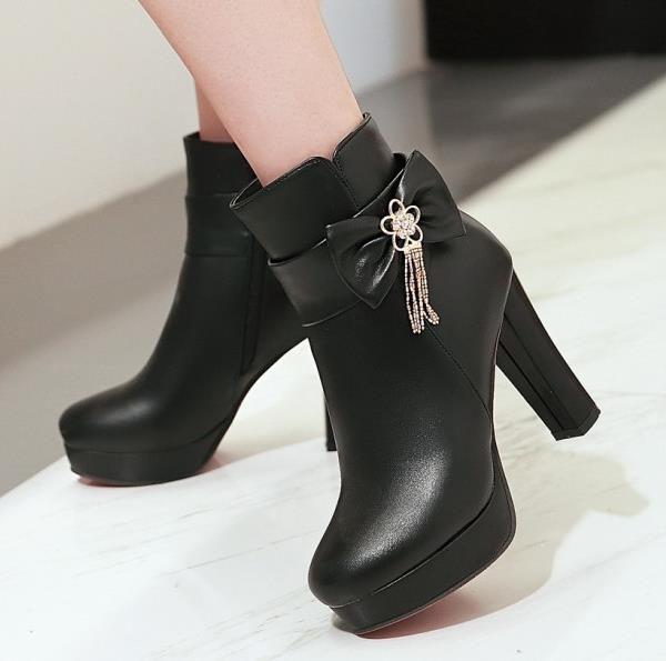 boyut 32-42 43 kalınlığında yüksek topuk tasarımcı çizmeler beyaz pembe siyah bej tradingbear platformu düğün botları nedime