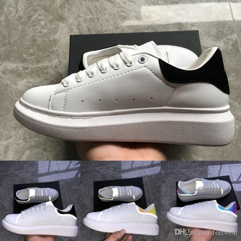 Top 3M White Triple Black Laser Reflective Mens Womens Fashion Luxury Platform Shoes Golden Vintage Casual Sneakers Designer Shoes