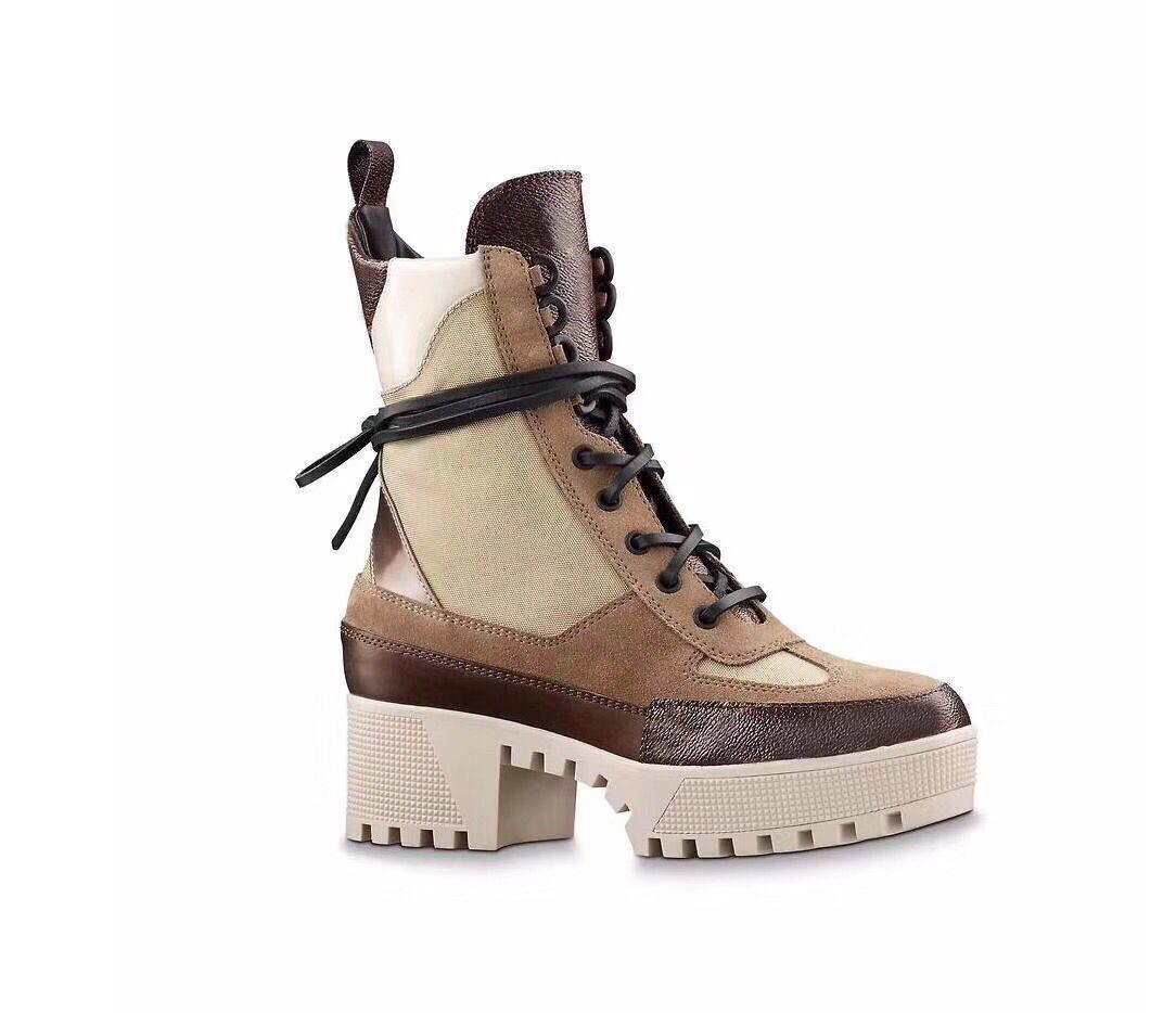 Martin Boots Invierno Tacón de invierno Tacón de invierno Zapatos de mujer Botas del desierto 100% Flamencos de cuero Amor arrow Botas Medal Lace Up Tacones altos Tamaño grande 4-41-42