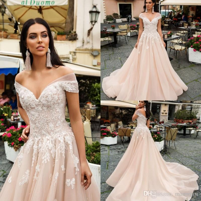 d724b4001d Discount Vintage 2019 Champagne Beach Wedding Dresses Off The Shoulder A  Line White Lace Applique Tulle Boho Bridal Gowns Cheap New Arrival Vintage  Inspired ...
