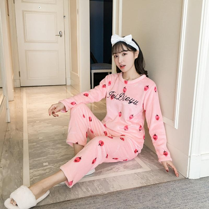 a6bc8c4e9 2019 2018 Winter Thick Warm Soft Flannel Pajamas Sets For Women Long Sleeve  Print Coral Velvet Pyjama Sleepwear Homewear Pijama Mujer From Anzhuhua, ...