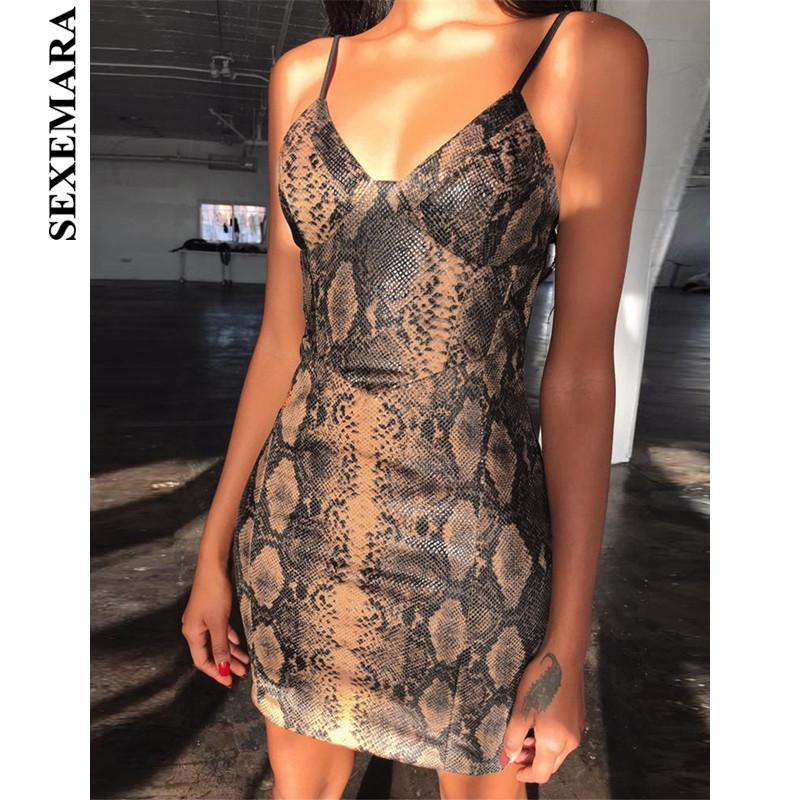 f8942a12afbe7 SEXEMARA Gold Snake Print Deep V Mini Bodycon Dress Sexy Club Dresses Woman  Party Night Fashion 2019 Summer Bandage Dress C55AB4