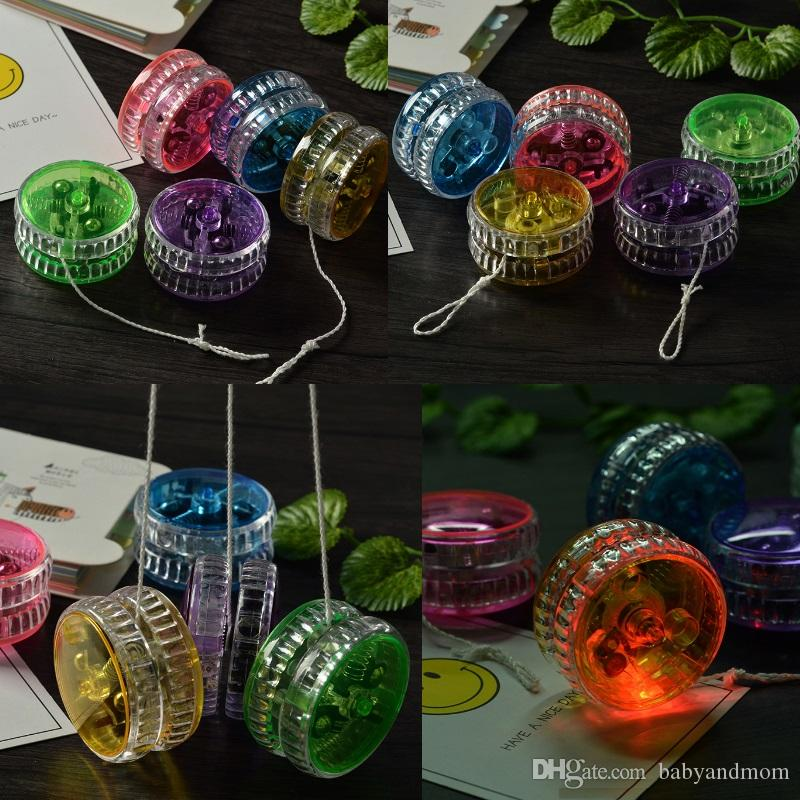 Activity Toys 7 Colors Chinese YOYO Professional Plastic LED Flash YO-YO Trick Ball Toy for Kids Adult mix Colors