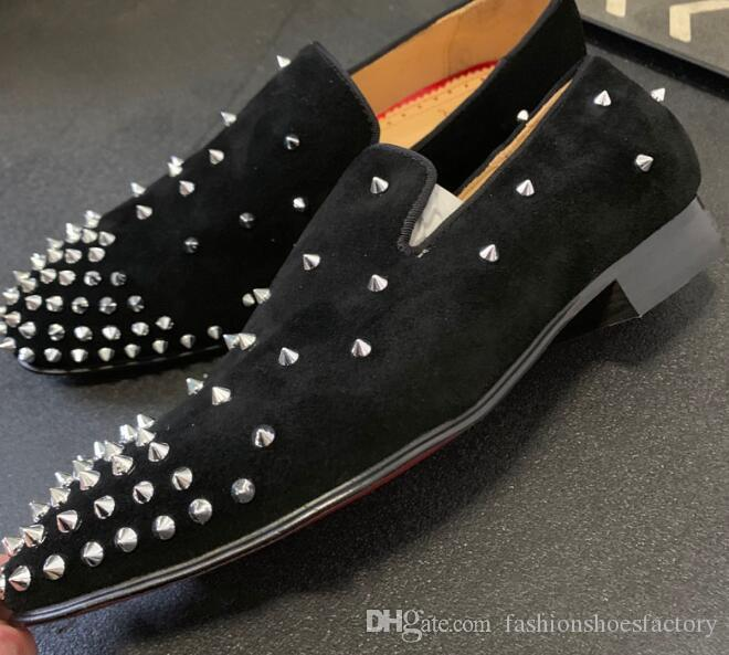 new 2019 Low Heel Men dress Shoes And Slip On Black Suede loafers Sliver Rivet Studded Red Bottoms For Man Shoes Flats