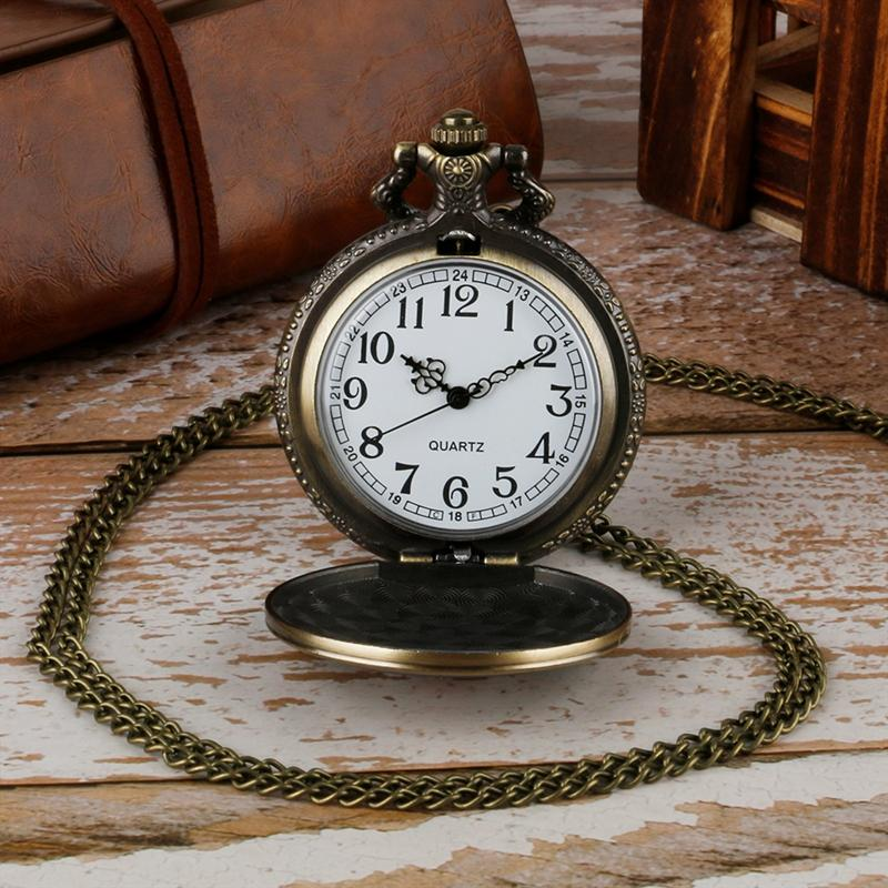 Vintage Pocket Watch for Men Women Steampunk Soviet Sickle and Hammer Design Fobs Clcok Antique Russia Day with Necklace Gifts