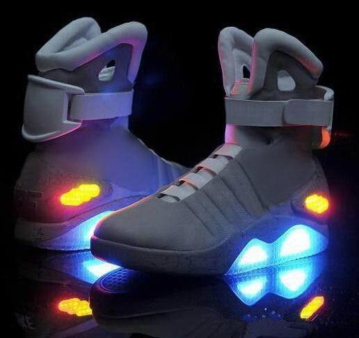 new products 86ee5 44d46 High Top Mag Sneakers Herren LED Schuhe The Future Glow In The Dunkelgrau  Schwarz Mag Zurück Zu Future Sneakers Beste Qualität Basketballschuhe