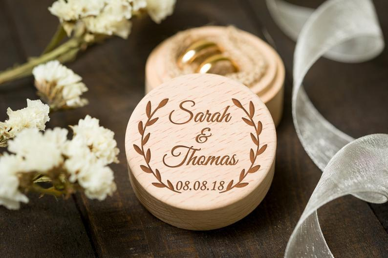 Personalized Bride Groom Ring Bearer Box Custom Wedding Party Jewelry Holder Box Wooden Wedding Gifts Party Accessories